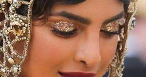 Glittery Eye Makeup Of Priyanka Chopra